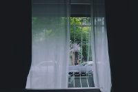 女性の防犯対策_遮光カーテン