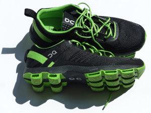 地震発生時の対応_靴