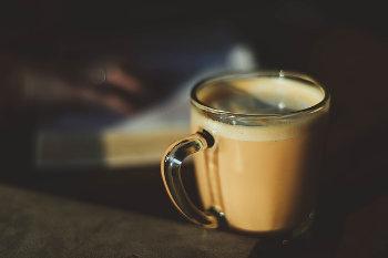 体内時計を戻す_カフェインは夕方まで